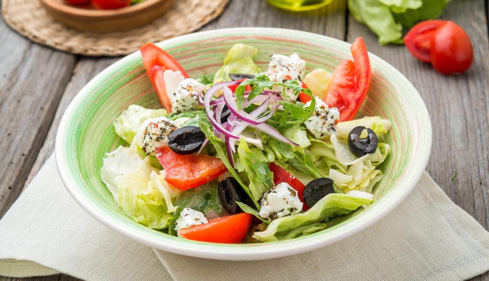 combien-de-calories-dans-la-salade-grecque